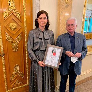 Главный врач Екатерина Викторовна Борисова стала попечителем Всемирного клуба петербуржцев
